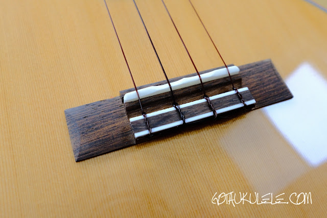 Flight Diana Soundwave Tenor Ukulele bridge