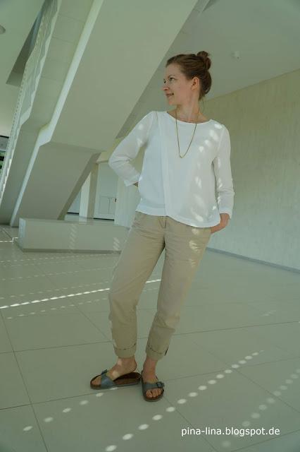 Bluse 115 aus der Burda Style 04/2014 aus weißer Viskose