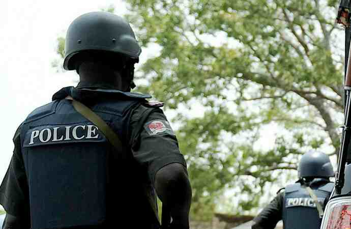Police lay siege on Dino Melaye's house, deny colleagues access to senator