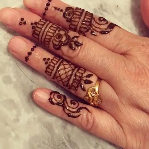 instant-finger-mehndi-design