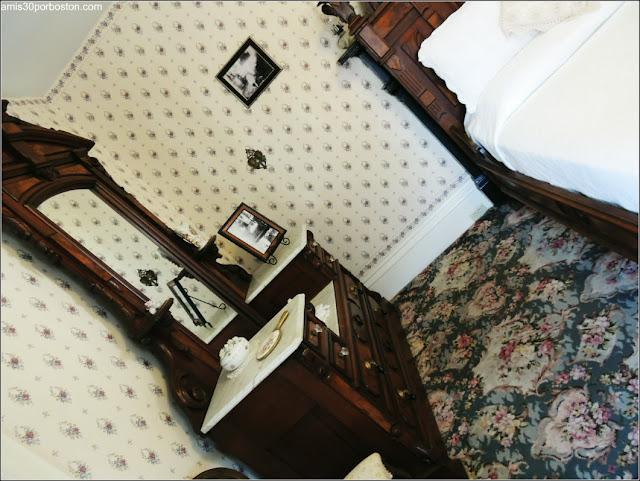 Habitación de Invitados en el Lizzie Borden Bed & Breakfast Museum