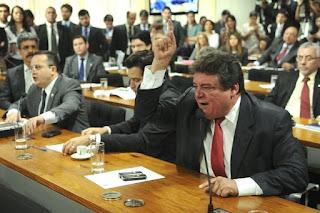 Vice-líder do Governo já reconhece derrota na comissão do impeachment