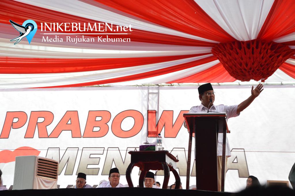 Maju Nyapres, Prabowo Minta Doa Restu Warga Kebumen
