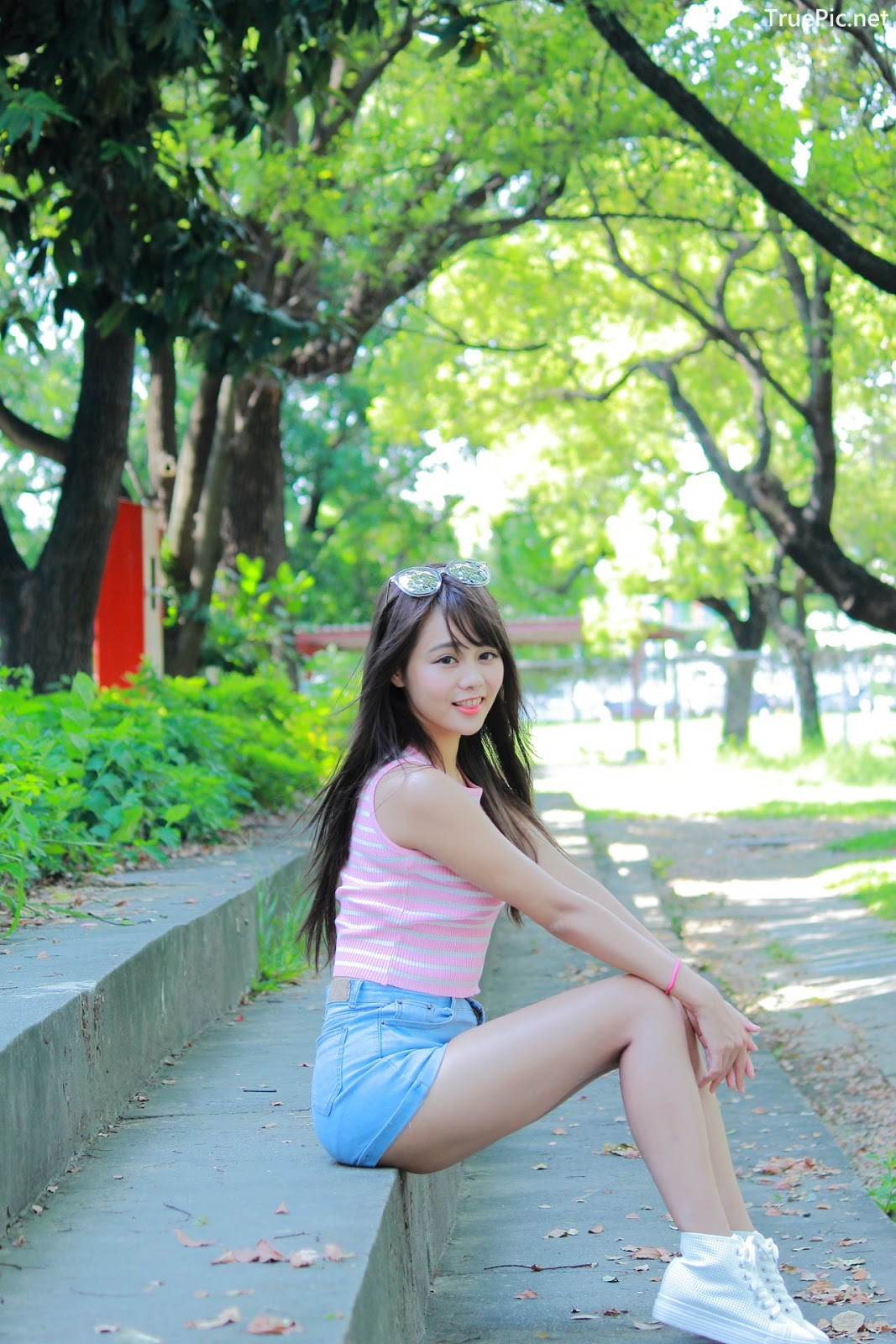 Image Taiwanese Model - Sun Hui Tong (孫卉彤) - A Day At Oil Refinery Elementary School - TruePic.net- Picture-3