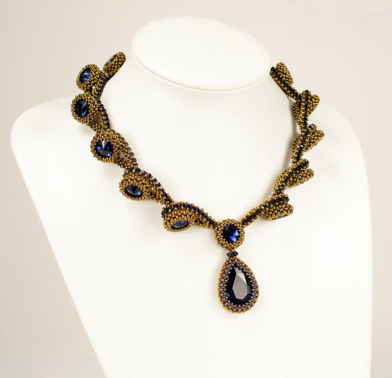 78d437364d747 WirWarKralen's Beaded Necklace Tutorials Include Beautiful Lariats ...