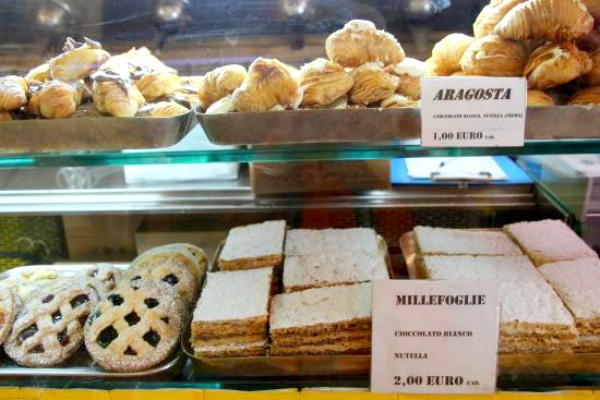 3 Days in Rome - Pastries at Caffe Sant' Eustachio