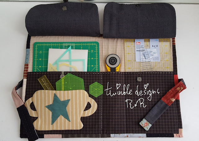 Stitching with Friends - funda de reglas por dentro abierto | Twinkle designs R&R