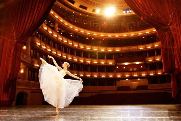مسرح اوبرا فيينا
