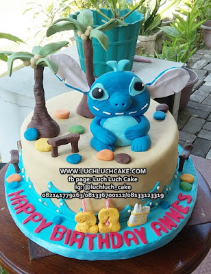 Kue Tart Lilo and Stitch Fondant 3d