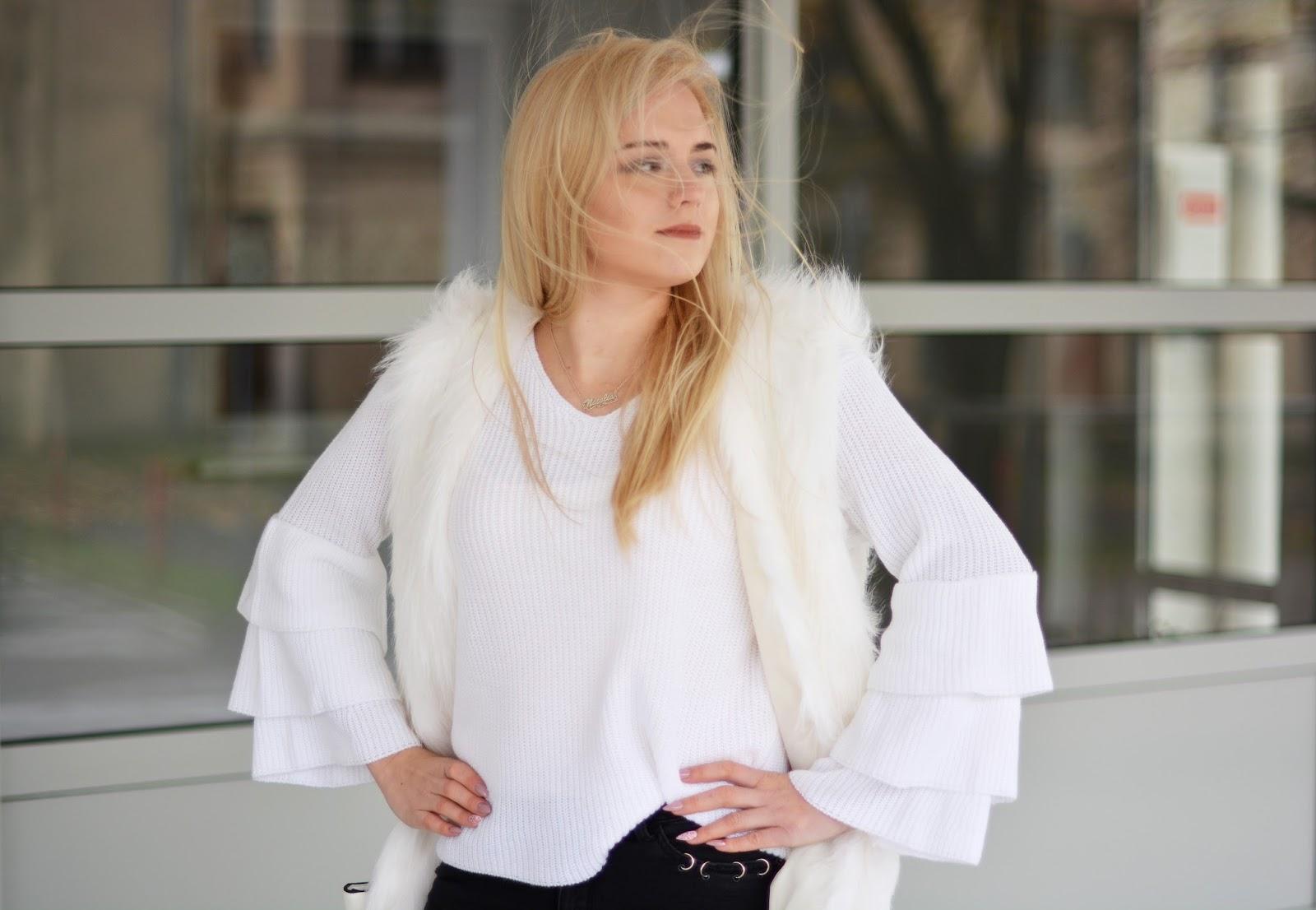 biały Sweter z falbanami