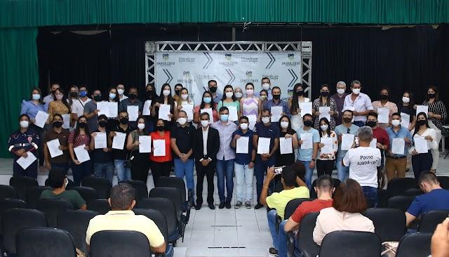 Prefeitura de Santa Cruz do Capibaribe dá posse a 44 aprovados em Concurso Público