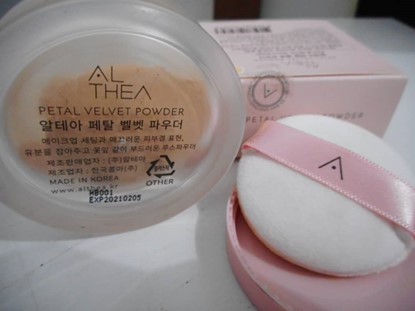 harga petal velvet,loose powder,korean make up,