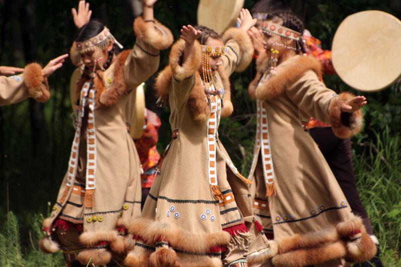 национальный-танец-эвенов-камчатка