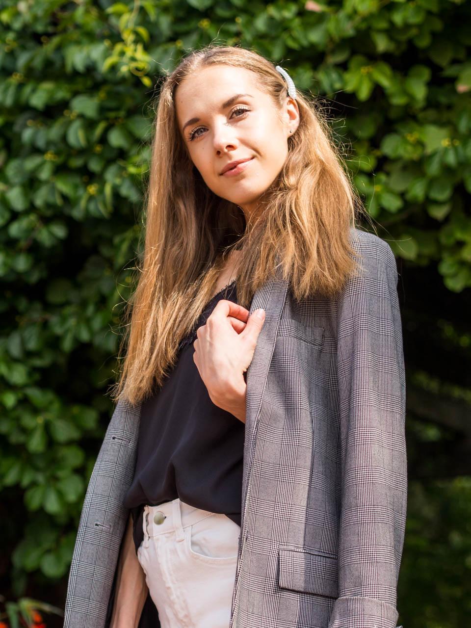 fashion-blogger-outfit-check-blazer-muoti-blogi-inspiraatio-bleiseri