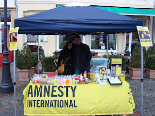 http://amnesty-luxembourg-photos.blogspot.com/2012/12/stand-luxembourg-markt.html
