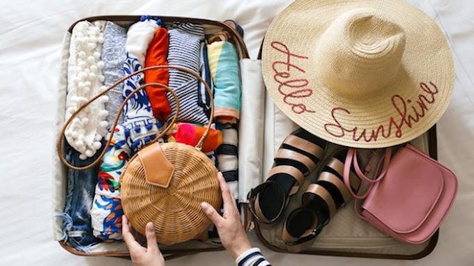 5 Cara Praktis Packing Baju Saat Traveling