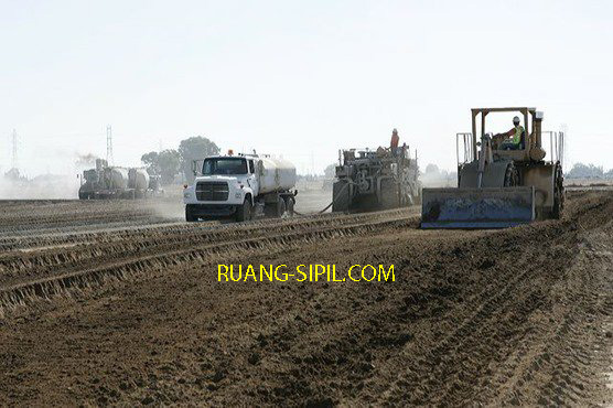 stabilisasi tanah di lapangan