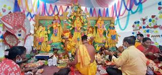 মোংলায় কুমারী পূজার মধ্যদিয়ে মহাধুমধামে মহাঅষ্টমী উদযাপিত