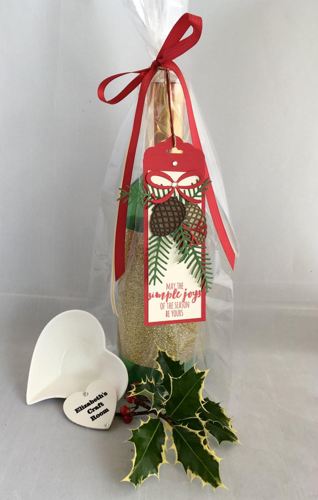 Elizabeth S Craft Room Christmas Wine Gift Bag Presentation