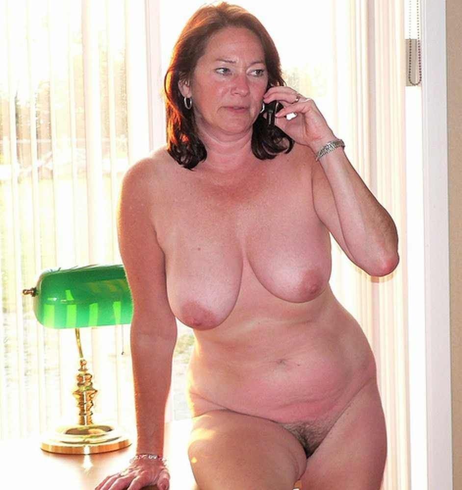 фото голых красивых пожилых женщин