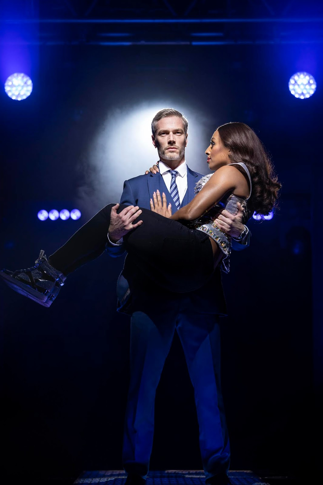 488d224d7d665 Review of The Bodyguard at Milton Keynes Theatre, Milton Keynes