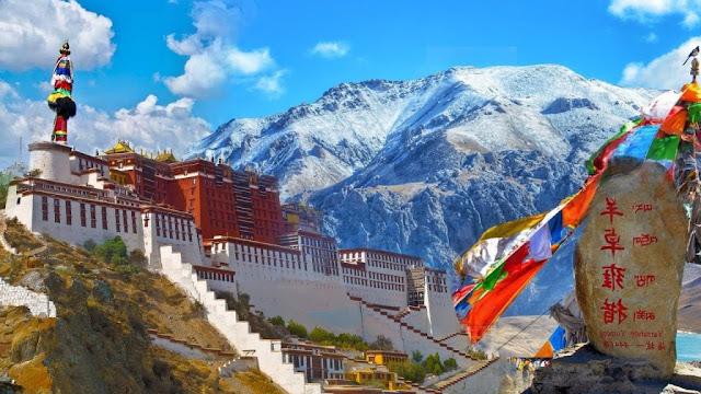 Phố Barkhor và những địa điểm du lịch được yêu thích nhất Tây Tạng