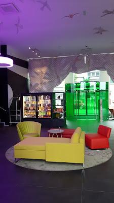 Hotellobby im Ibis Styles Basel City
