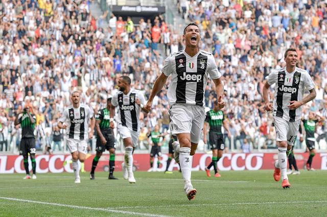 Biografi Cristiano Ronaldo - Raja Lapangan Hijau