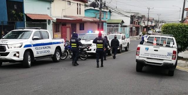 En cuestión de 20 minutos policía municipal recupera carro robado mediante bajonazo