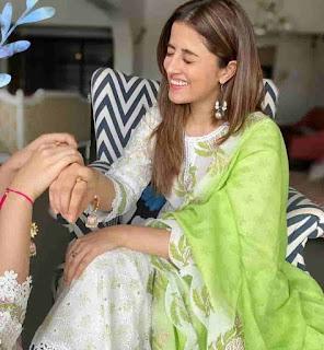 Kriti Sanon Celebrate Rakshabandhan With Her Sister