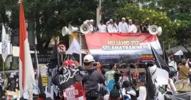 Sugi Nur: Kalau Jokowi Mundur Rakyat Pasti Memaafkan