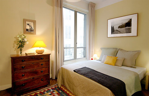 Easy Home Decor Ideas: Paint Your Bedroom In The Colors Of