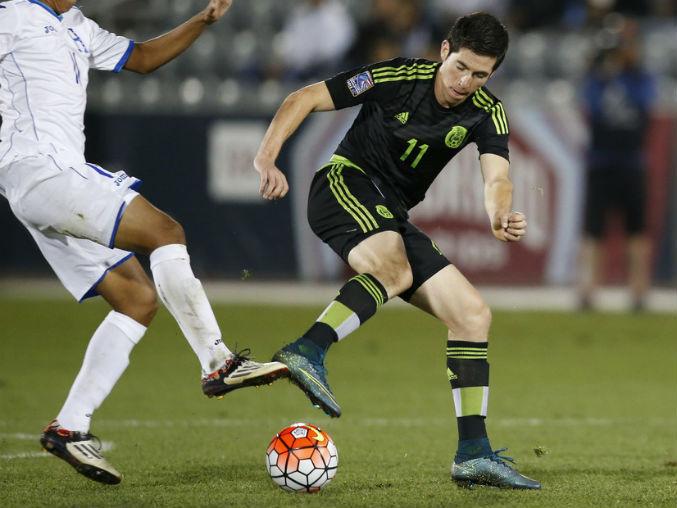 Marco Bueno espera ser el goleador que Chivas ha buscado durante años.