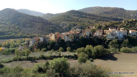 Alòs de Balaguer des de la capella Sant Miquel