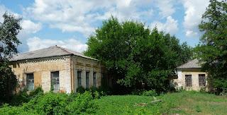Изюм. Старые больничные корпуса