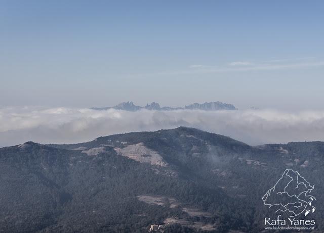Ruta: Montcau (1.057 m) y La Mola (1.102 m). Dos de los míticos. (Els 100 Cims)