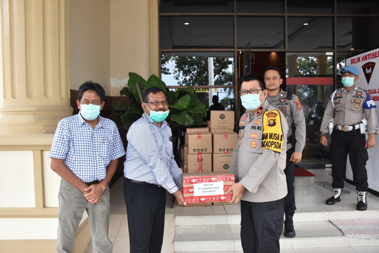 Polda Jambi Terima Bantuan Berupa Hand Sanitizer Dari PT Bashkara Sinar Sakti Group