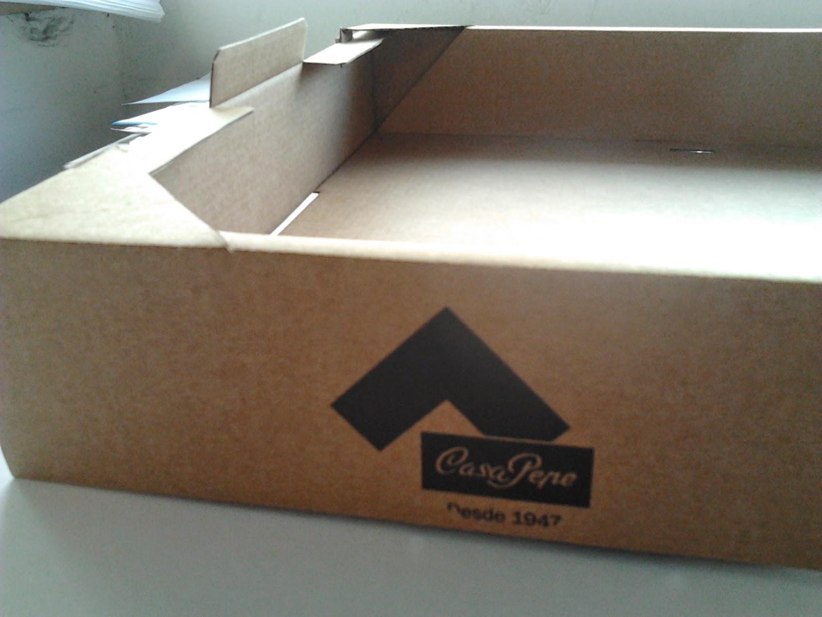 cubeta de reparto de cartón, apilable y con tapa