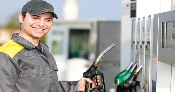 Rede de posto de gasolina contrata Frentista Sem Experiência no RJ