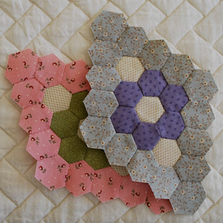 hexagon diamonds for Minnie quilt - QuiltBee