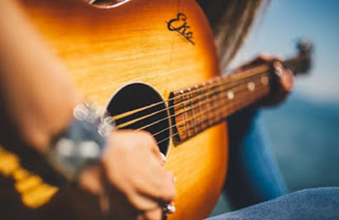 lagu untuk belajar gitar pemula
