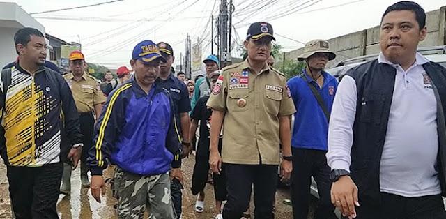 Ditagih Air Bersih Dan MCK, Mensos Juliari: Tanggung Jawab Pemkot Bekasi