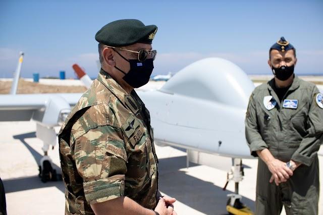 Ο Α/ΓΕΕΘΑ στη «φωλιά» των... ιπτάμενων κατασκόπων-Έτοιμα για δράση τα UAV HERON (ΦΩΤΟ)