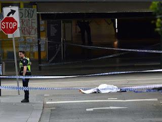 Man stabs three kill one in Melbourne (AUS)