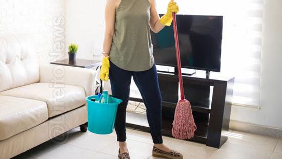 domestica condenada propor acerto demitida fgts
