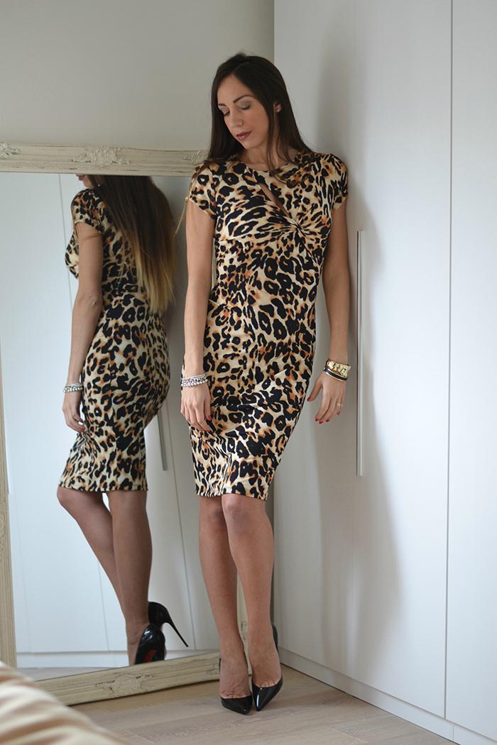 abito al ginocchio stampa leopardo