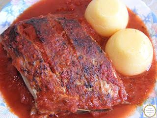 Peste cu sos de rosii si mamaliguta reteta,