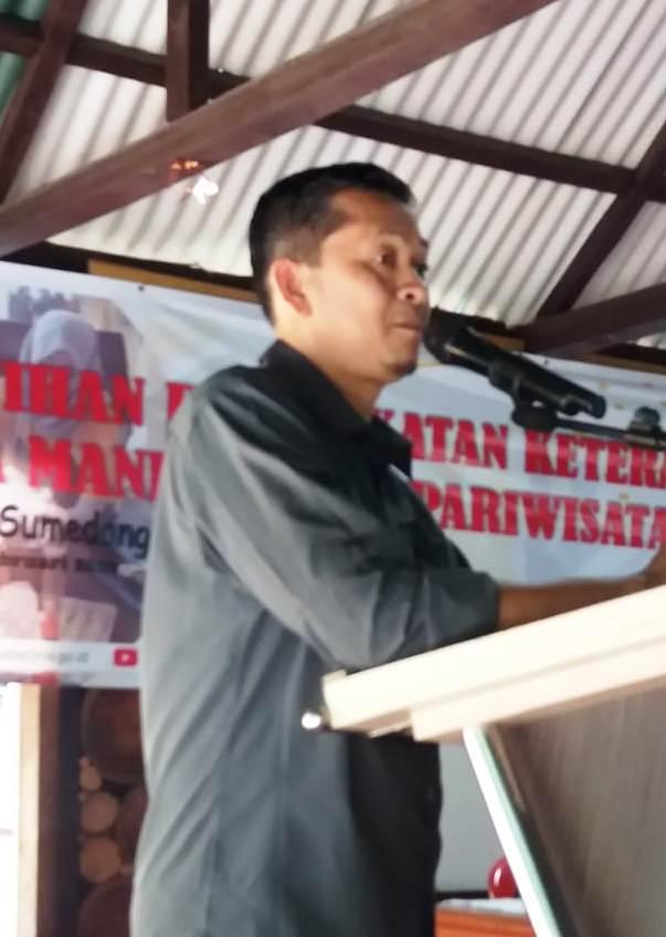 Disnakertrans Jabar Latih Warga Desa Citengah- Sumedang Bidang Peningkatkan SDM Pariwisata