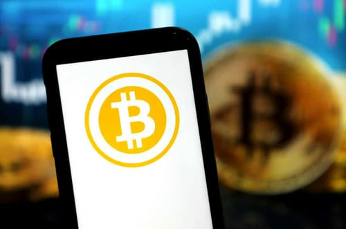 Bitcoin continues to decline reaching $ 47,000