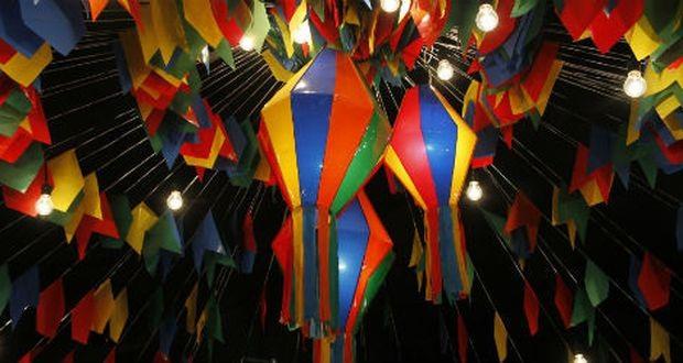 festa-junina-ideias-de-decoracao-e-historia-bandeirinhas-e-baloes